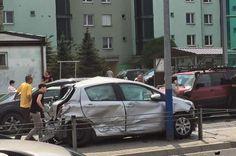 Karambol na Ruczaju. Sprawca nie ma pojęcia, co się stało [ZDJĘCIA] - Zdjęcie 9396 - LoveKraków.pl Car, Automobile, Cars, Autos