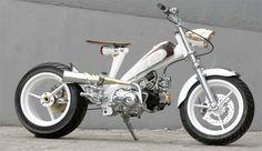 Gambar Honda Astrea 800 modifikasi Honda Cub, Scooter Custom, Custom Bikes, Cruiser Bike Accessories, Best Bike Rack, Motorcycle Icon, Dirt Bike Helmets, Scooter Bike, Honda Bikes