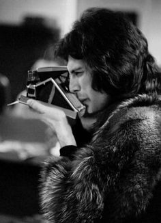 Freddie Mercury with and SX-70 // swoon