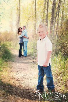Cute family photo idea,  Go To www.likegossip.com to get more Gossip News!