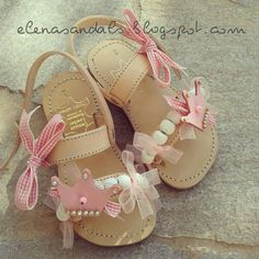Παιδικα σανδάλια/kids sandals Little Girl Shoes, Baby Girl Shoes, Little Girl Fashion, Kid Shoes, Girls Shoes, Kids Fashion, Baby Sandals, Kids Sandals, Huarache