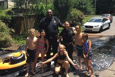 These days, cops in the States tend not to make the news for good reasons, but this story from Asheville, North Carolina, is sure to make you smile.