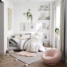 Teen Room Decor, Room Ideas Bedroom, Small Room Bedroom, Bedroom Decor, Small Girls Bedrooms, Aesthetic Room Decor, Dream Rooms, My New Room, Room Inspiration