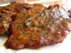 Country Style Steak using thin cut bottom round steak Round Steak Recipe Oven, Bottom Round Steak Recipes, Beef Bottom Round Steak, Thin Steak Recipes, Beef Round, Meat Recipes, Cooking Recipes, Round Roast, Skillet Recipes