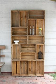 Outdoor-Wohnzimmer Holzregal Gartenregal Terrassenmöbel Reclaimed Bauernhof produzieren Kiste D . Wood Crates, Wooden Pallets, Wooden Boxes, Recycled Pallets, Milk Crates, Recycled Wood, 1001 Pallets, Salvaged Wood, Repurposed Wood