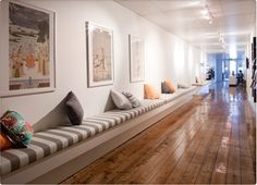 Voorbeeld bank - Hotbox Yoga in Melbourne // love the bench and floors- cushions are good idea