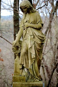 grave statues