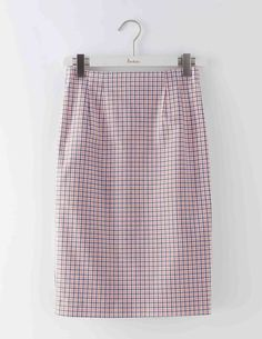 Strut your stuff with our sleek, high-waisted pencil skirt. Made from clever power-stretch fabric, it nips in at the waist to define your shape without the need for can't-breathe control knickers. Warning: this skirt will add a wiggle to your walk.