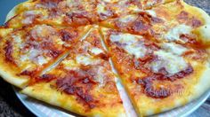 Pizza • recept • bonvivani.sk Hawaiian Pizza, Cheese, Food, Lasagna, Eten, Meals, Diet