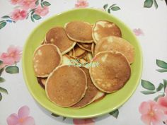 PANCAKES CU IAURT - Flaveur Healthy Desserts For Kids, Baby Food Recipes, Pancakes, Vegan, Breakfast, Recipes For Baby Food, Morning Coffee, Pancake, Vegans