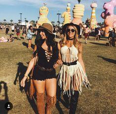 m fashion coachella outfit boho Music Festival Outfits, Music Festival Fashion, Coachella Festival, Rave Festival, Festival Wear, Coachella 2018, Fashion Music, Cochella Outfits, Clubbing Outfits