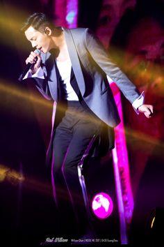 William Chan Fanpics - Inside Me Guangzhou Concert Apr 30, 2017 | cr. HailWilliam陳偉霆个站 | 陈伟霆 | ウィリアム・チャン | 진위정 | เฉินเหว่ยถิง | Trần Vỹ Đình | Уильям Чан | Чэнь Вэйтин | 廣州站演唱會 | 广州站演唱会