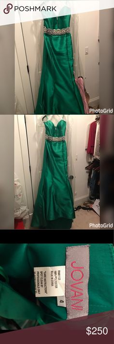Green Jovani Dress Beautiful Green Jovani dress. With beaded waist embellishment. With sweet heart neck line and small tail from back . Worn once, size 4. Negotiable price Jovani Dresses Wedding