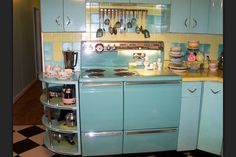 1959 kitchens were the best, thanks grandma.