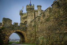 Castle of Ponferrada, Spain by cheese6623.deviantart.com on @DeviantArt