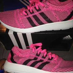 ADIDAS new running weaved shoes New pink shoes size 9.5womAn new worn Adidas Shoes Athletic Shoes