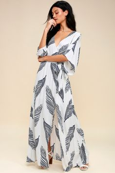 1062529f4 Lulus | Sign of the Times White and Navy Blue Leaf Print Maxi Dress | Size  Large | 100% Rayon