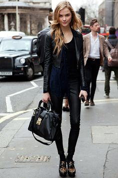 totally RAD look...I love the shoes and that this photo is in London!