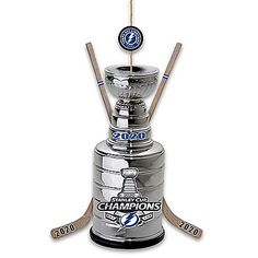Stanley Cup Trophy, Stanley Cup Champions, Tampa Bay Lightning Logo, Nhl Logos, Nhl Players, Bradford Exchange, All Team, National Hockey League, Christmas Ornament