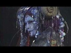 法隆寺 夢殿に置換えたギリシャ悲劇 蜷川幸雄「Medea 」