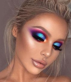 pretty makeup looooove das - make up inspo Creative Makeup Looks, Unique Makeup, Colorful Eye Makeup, Beautiful Eye Makeup, Pretty Makeup, Beautiful Beautiful, Natural Makeup, Glam Makeup, Rave Makeup