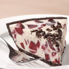 """Cherry Ice Cream Pie with Chocolate Cookie Crust Recipe - INGREDIENTS 3 cups reduced-fat """"light"""" vanilla ice cream, softened - cups chopped pitted fresh or frozen cherries, divided - 1 chocolate-cookie pie crust - 2 tablespoons mini chocolate chips Ice Cream Pies, Ice Cream Desserts, Frozen Desserts, Summer Desserts, Just Desserts, Summer Fruit, Frozen Treats, Healthy Dessert Recipes, Delicious Desserts"""