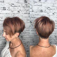 Bob Frisuren Mit Kurzem Nacken Hinten Angeschnitten Haarfarbe