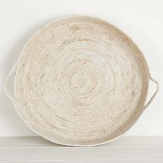 Handmade from grass this tray makes a great table centrepiece - or hand some on the wall for a beachy feel. Luxor, Table Centerpieces, Tray, Plates, Rugs, Tableware, Wall, Handmade, Home Decor