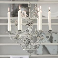 Kerzenkronleuchter FLEURS für 6 Kerzen ANTIKWEISS