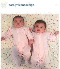 Who wore it best? #kissykissy #twins