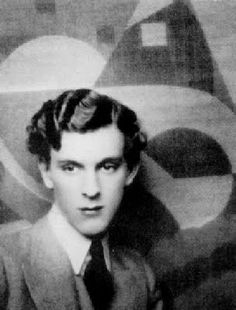 Stephen Tennant was one of the Bright Young Things of the 1920s & 30s to make his hair shine with even more brilliance he dabbed it with actual gold dust.