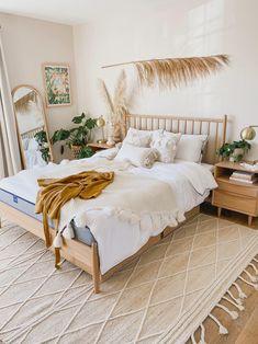 Modern Bedroom Decor, Room Ideas Bedroom, Home Bedroom, Modern Decor, Design Bedroom, Bedroom Inspo, Bedrooms, Room Interior, Interior Design