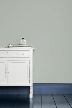 Farrow Ball, Farrow And Ball Paint, Guest Bedroom Office, Guest Bedrooms, Wall Exterior, Interior And Exterior, Borrowed Light, Favorite Paint Colors, Palette