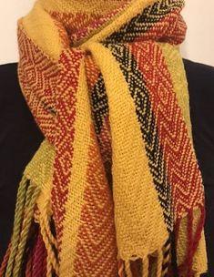Villalangasta kudottu kaulahuivi. Woven woolscarf. 9e34b75957