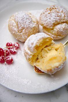 Almond Cream Éclairs (and Cream Puffs) | La Peche Fraiche