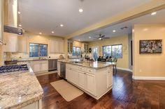 Beautiful kitchen! #folsom #martelloneal #kellerwilliams #luxury