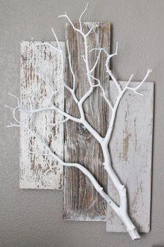 Paletten und weißer Zweig. Sehr schöne Idee für Pflanzen oder andere Dinge ...,  #andere #dinge #paletten #pflanzen #schone #zweig