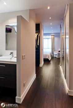 Reforma ático dúplex en Chamberí. Baño principal-Vestidor-Dormitorio principal