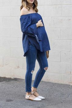 off shoulder denim on denim pregnancy outfit