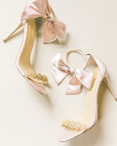 Bridal Shoes You'll Totally Love! | The Perfect Palette Bridal Shoes, Wedding Shoes, Bridal Jewelry, Magic Shoes, Shoe Department, Synthetic Lace Front Wigs, Perfect Wedding Dress, Pretty Shoes, Top Shoes