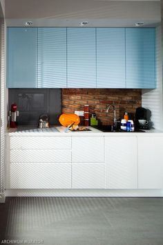 Kolorowe szafki kuchenne