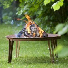 http://leemwonen.nl/exterieur-i-inspiratie-buiten-2-leems-hot-summer-wannahaves/ #outdoor #buiten #tuin #wannahaves #accessories #lighting #verlichting #buitenkleed #audio #speaker #vuurschaal #barbecue #bbq #parasol @ayanaoutdoor1 #bangandolufsen #music #pappelina @royaldesignno1