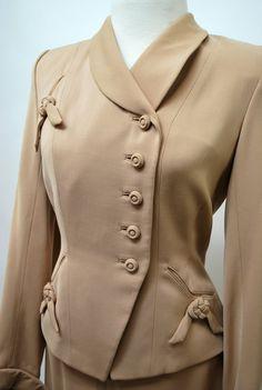 1940's Beige Suit -   govintagego (seller) www.etsy.com