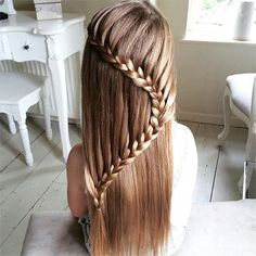 Cool braid for special occasions for a little girl Berühmte Frisuren Little Girl Braid Hairstyles, Cute Girls Hairstyles, Pretty Hairstyles, Braided Hairstyles, Updo Hairstyle, Natural Hairstyles, Wedding Hairstyles, Princess Hairstyles, Girl Haircuts