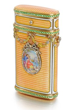 A Fabergé jewelled four-colour gold and enamel cigarette case, workmaster Michael Perchin, St Petersburg, 1899 - 1903 Art Nouveau, Art Deco, Faberge Jewelry, Vintage Cigarette Case, Smoking Accessories, Russian Art, Russian Beauty, Pretty Box, Vintage Posters