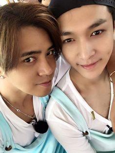 "Lay - 160524 Singer Show Luo's facebook update: ""極限挑戰 廈門""  Translation: ""Go Fighting Xiamen""  Credit: 羅志祥 SHOW."