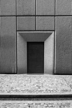 #door #architecture #concrete