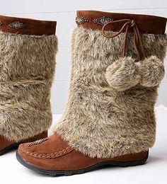 Beaded Mocassin Boots - I have these in gray :)