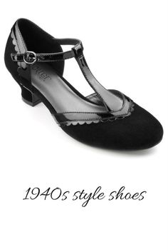 Classic 1940s style shoes from Hotter. Retro styling but very comfortable so you can dance the night away #1940s #ad ntageshoes #ad