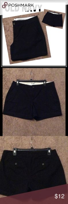 """Black Twill Old Navy Shorts Old Navy Twill shorts. Black color. Good condition.  * Sits low on waist. * Straight through hip and thigh. * 3"""" inseam. * Shorts hit high on thigh. Old Navy Shorts"""